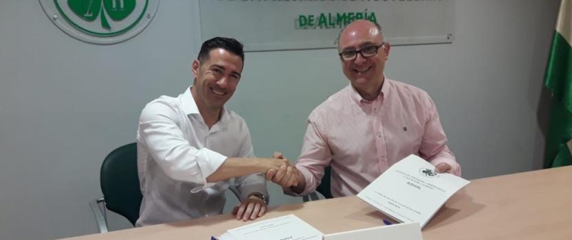 Murprotec y la Asociación Provincial de Empresarios de Hostelería de Almería firman un acuerdo de colaboración
