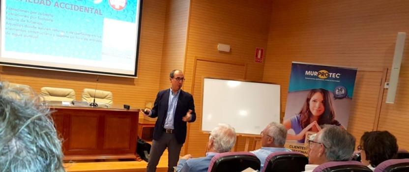 Las humedades estructurales, de nuevo a debate en Cádiz