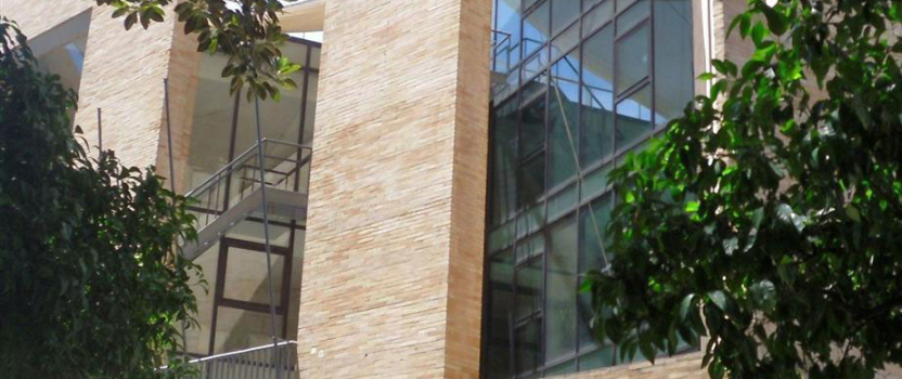 Sevilla debate sobre la problemática de las humedades en la edificación en la Fundación para la Investigación y Difusión de la Arquitectura